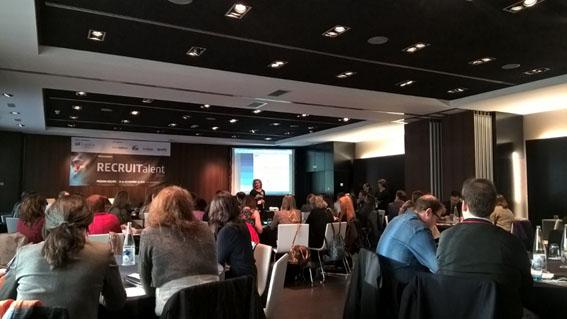 Reunión de profesionales de rrhh en Recruitalent 2016 con el patrocinio de Temporal Quality